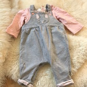 Organic cotton two piece outfit.
